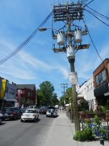 Blick auf die Augusta Avenue in Richtung Norden (direkt vor unserer Bude)