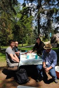Großartiges Picknick von Marks Mutter organisiert